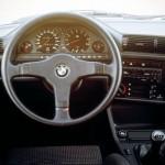 BMW E30 wnętrze