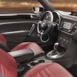 VW Beetle 2011 wnętrze