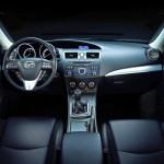 Mazda 3 wnętrze